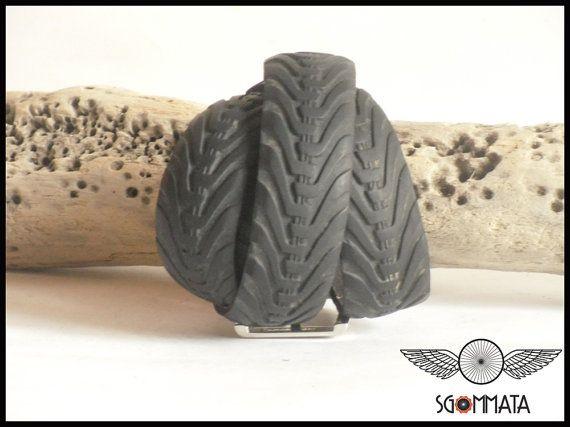 Cintura fatta a mano con copertone di bicicletta // di Sgommata