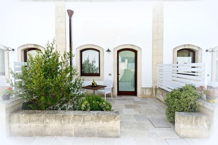 Suite Terrazzo External of the Suite #suite #patio #masseria #masseriacordadilana #salento #room #holidays http://masseriacordadilana.it/