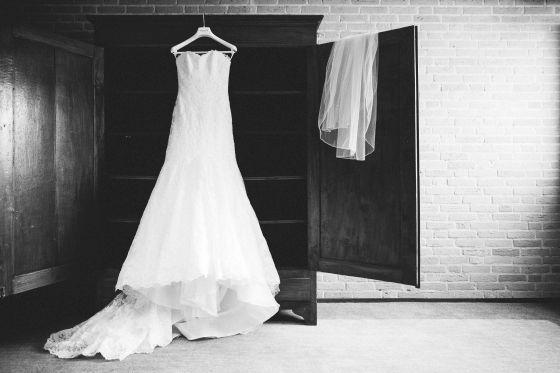 Pronovias wedding dress - Photo credit: You Are Beloved (http://www.youarebeloved.nl/) - Pinterested @ http://wedspiration.com.