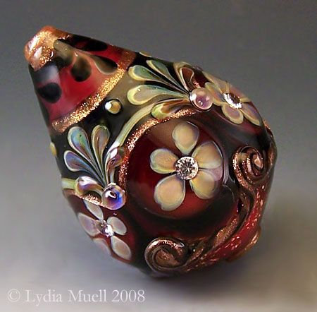 The History of Glassmaking in America: Lampwork Beads