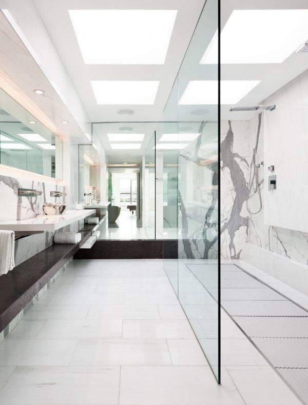 450 best ba os de dise o designer bathrooms images on - La residence lassus par schlesinger associates ...