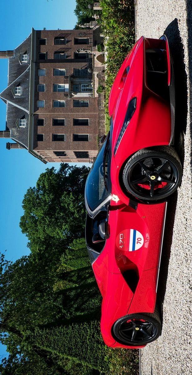2017/6/5:Twitter:.:@FNEPR:Ferrari models from all eras took part in the #Ferrari70 #WorldTour event in #Amsterdam. #Ferrari
