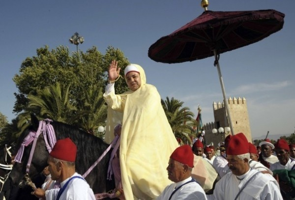 Throne Day is a national holiday in morocco. it represents  King Mohammed VI ascension to the throne. it is on the 30th of july. http://www.mytripblog.org/mod/file/thumbnail.php%3Ffile_guid%3D123219%26size%3Dlarge