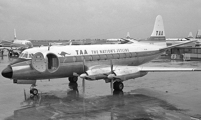 TAA Lockheed  Electra 118A  (VH-TVL)
