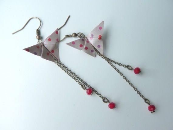 """boucles d'oreilles origami """" papillon à pois """""""