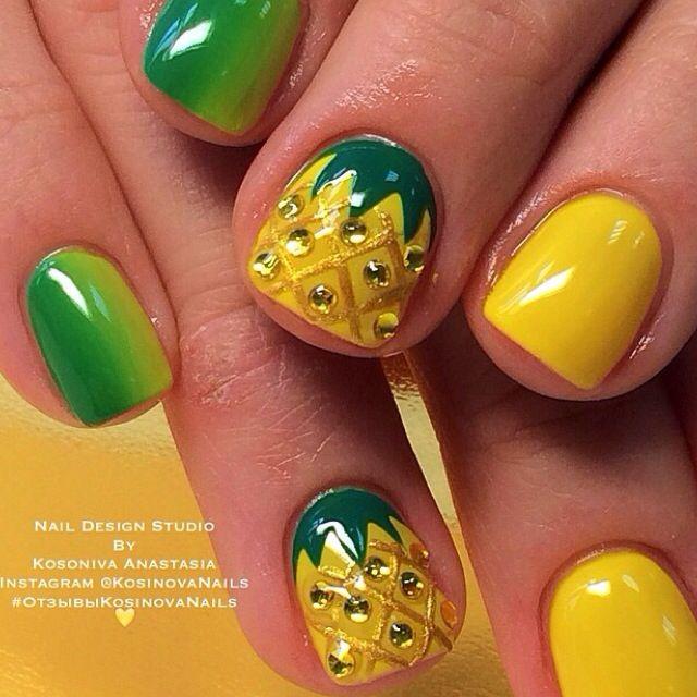 Juicy pineapple nails by @kosinovanails