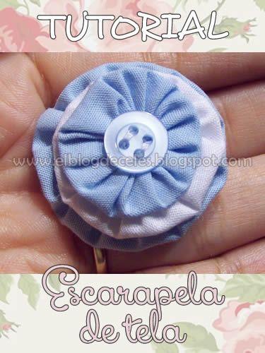 Cómo hacer una escarapela de tela. Paso a paso en: http://elblogdeceles.blogspot.com.ar/2011/05/272011-paso-paso-escarapela-de-tela.html