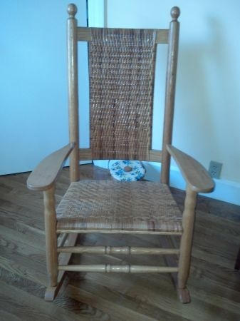 123 best images about rocking chairs on pinterest rocking chairs traditional rocking chairs. Black Bedroom Furniture Sets. Home Design Ideas