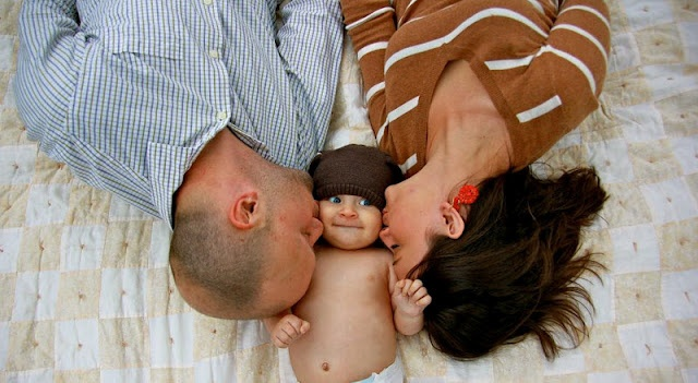 1 year birthday family photo idea