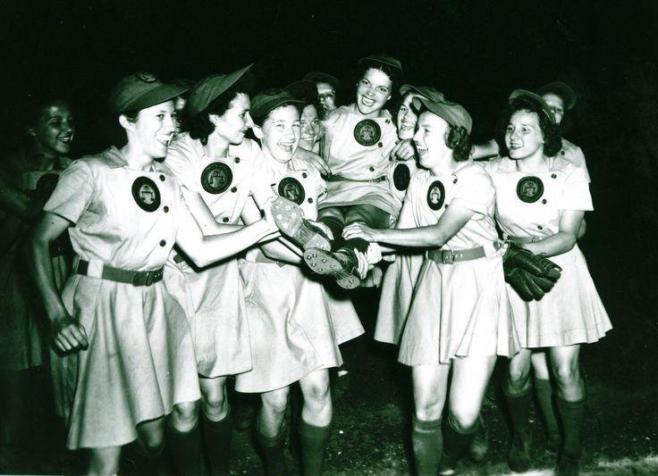 1944 Rockford Peaches
