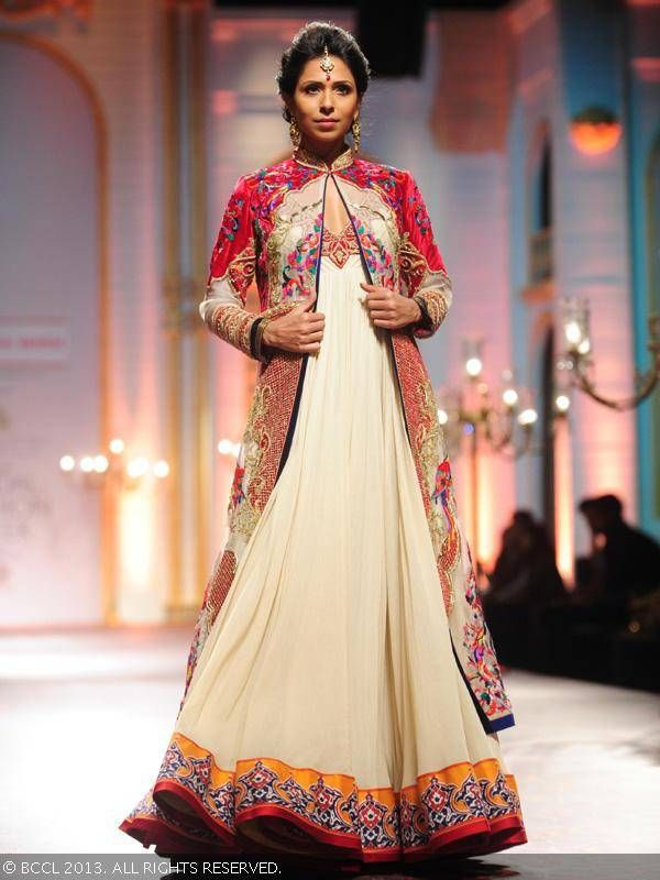 Candice Pinto showcases a creation by designer Mandira Wirk during India Bridal Fashion Week '13, held at Grand Hyatt, in Mumbai.