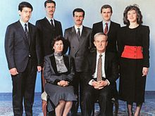 Bashar al-Assad - The Al-Assad family around 1994. At the front are Hafez al-Assad and his wife, Anisa. At the back row, from left to right: Maher (commander of the Republican Guard), Bashar, Bassel, Majd, and Bushra