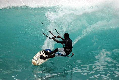 Informazioni su Capoverde Sal Santamaria, gli spots. con ele migiori onde e condizioni di vento, i consigli su dove alloggiare, quando andare in queste incredibile e ventosa isola