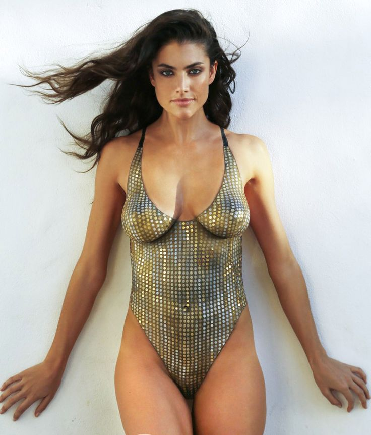 2014 Sports Illustrated Swimsuit Models Wearing Nothing But Body Paint. | if it's hip, it's here