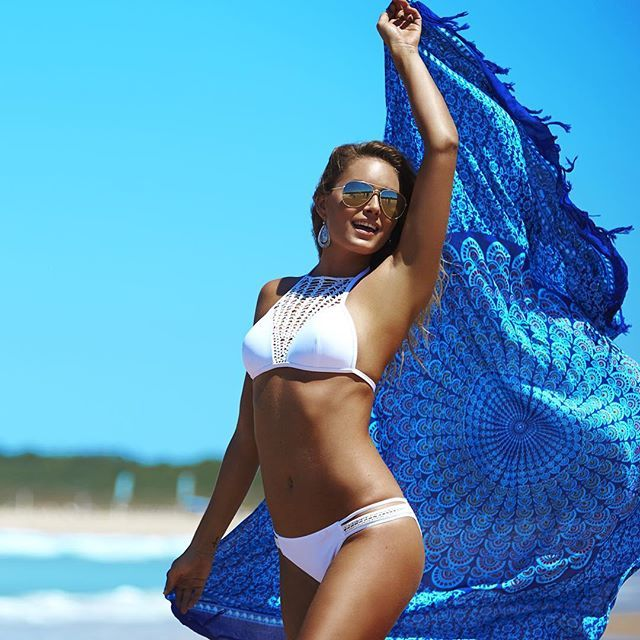 Crochet love. Topanga Sierra Bikini. Shop Bikini: http://www.citybeach.com.au/shop/en/citybeach/womens-womens-swimwear-womens-bikinis/topanga-sierra-crochet-bikini-1732601 #bikinis #summer #swimwear