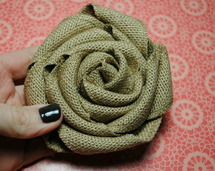 59 best burlap images on pinterest hessian fabric for How to make hessian flowers