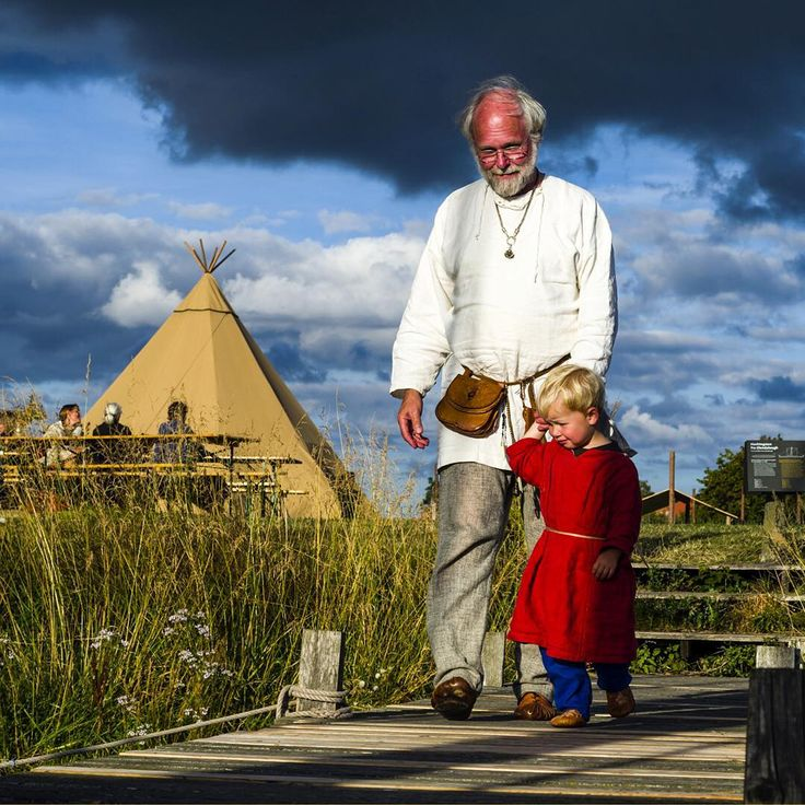 """Photo @jasonedwardsng A grandfather spends an afternoon with his grandson at the International Viking Market in Ribe. Vikings from all over Europe flock…"""