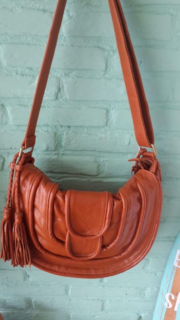 Elysia messenger bag