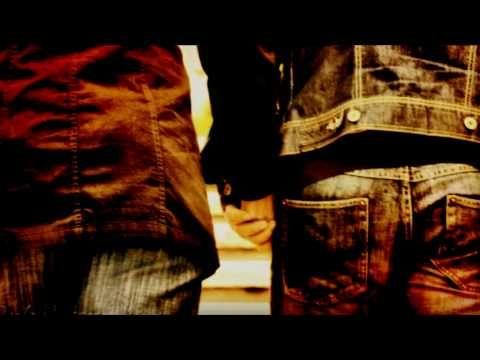 Τάνια Τσανακλίδου - Εγώ για δύο (ένα αστείο η ζωή) - YouTube