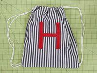 DIY Drawstring Bag for preschoolers (via Giverslog)