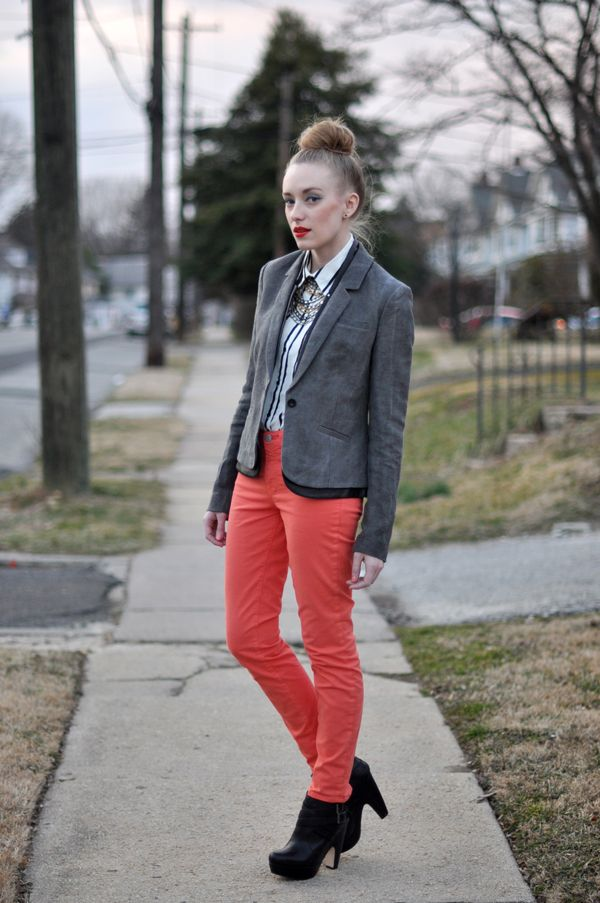 colored skinnies + blazer loveLight Pink Blazers, Colored Pants, Coral Jeans, Coral Skinny, Colors Pants, Red Jeans, Eating Sleep Wear, Colors Skinny, Blazers Obsession