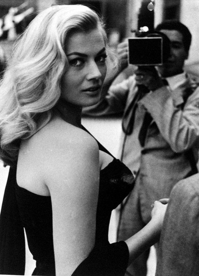 Anita Ekberg in Fellini's La Dolce Vita, 1960.