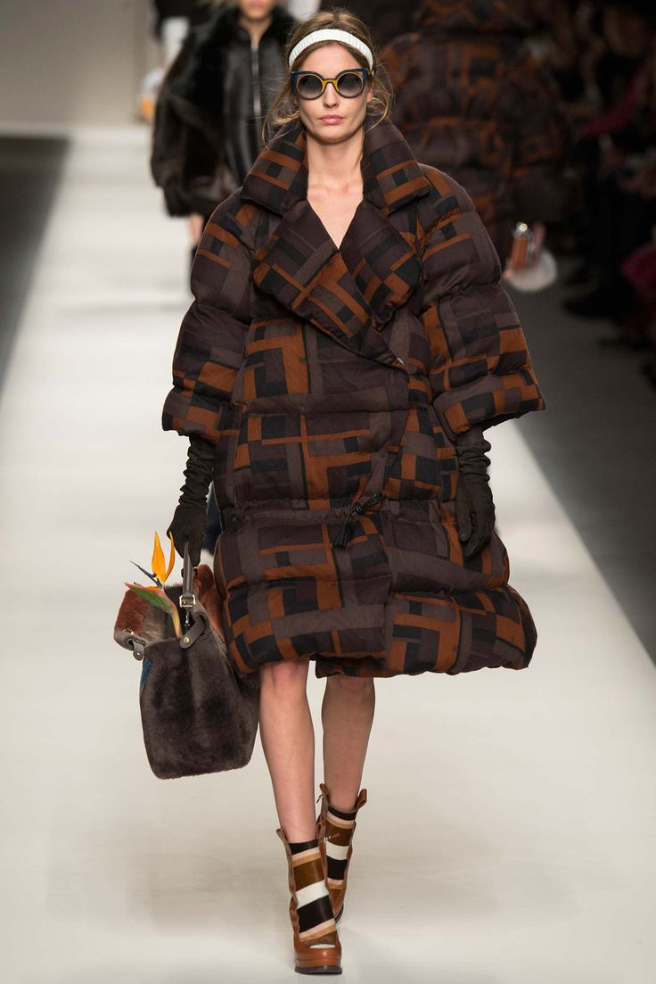 Fendi.... #Fendi #Fall2015 #tomboystyle #tomboypicks #menswearinspired #puffercoat #dopeouterwear