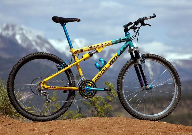 Wanted one of these when I first started MTBing. Next best was a set of those oil filled Manitou forks but they were way too expensive and settled for Rockshox Quadra 21R's