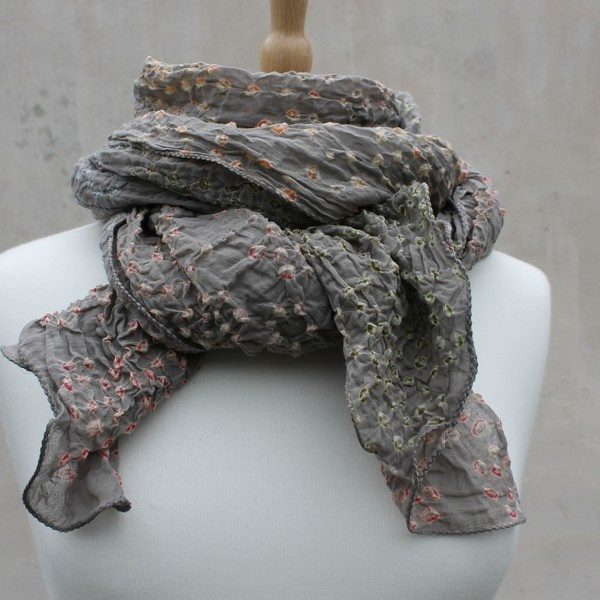 Cotton scarves to wear anywhere