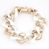 Chunky chain bracelet which is trendy nowadays. Made up of lucite and alloy metal materials. Comes in 10 colours;  blue green, baby pink, black, purple, orange, mint green, mint blue, white, blue and peach.  Material: Lucite Chain Type: Twisted Singapore Chain size: 200*23mm