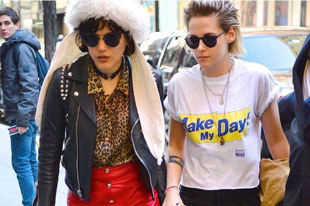 Kristen Stewart et Soko, à New York, le 13 avril 2016.