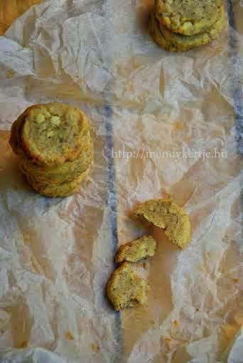 Mandy kertje és konyhája: Diós-sajtos keksz