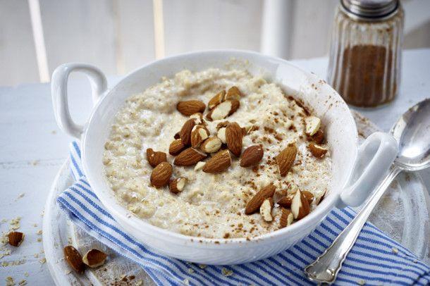 Unser beliebtes Rezept für Klassisches Porridge und mehr als 55.000 weitere kostenlose Rezepte auf LECKER.de.