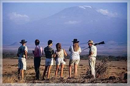 With #KenyaSafaris you will be in awe of the spectacular landscapes and some of the natural beauties. Know more @ http://kenya-safaris.co/