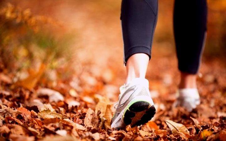 пробежки по шуршащей осенней листве
