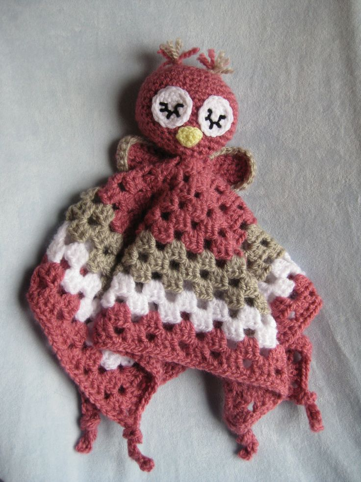 how f-ing cute!! Crochet Owl Security Blanket Lovey. Wonder if my mom could make the girls these!