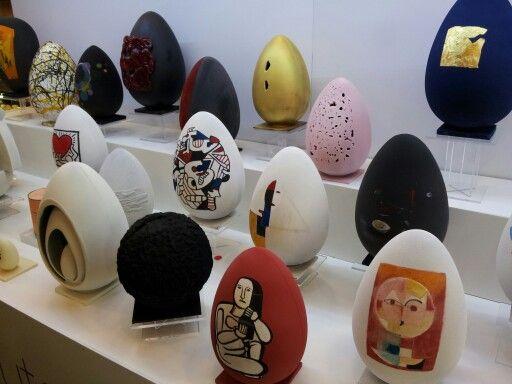 """Uova di cioccolato come """"Forma d'Arte"""""""