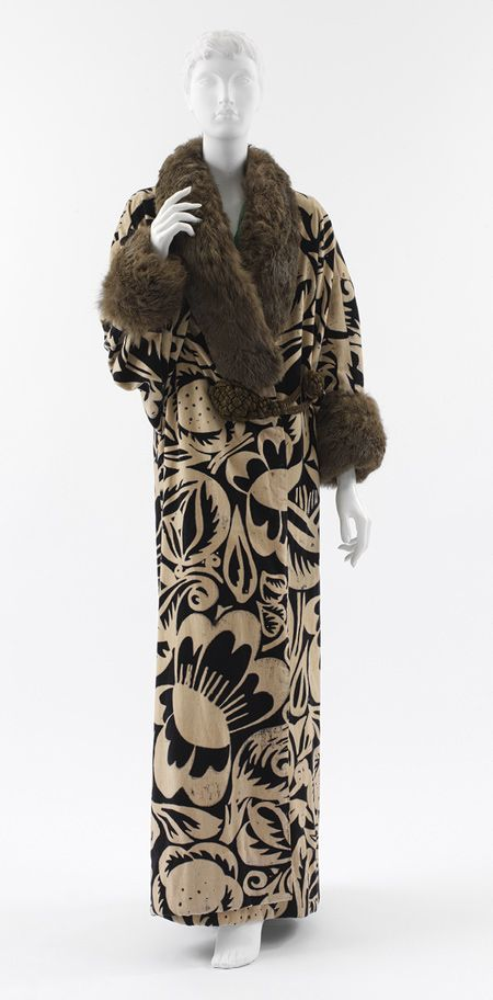 Coat, 1911 Paul Poiret (French, 1879–1944) Textile design by Raoul Dufy (French, 1877–1953) Ivory and navy block printed velvet with brown fur trim and gold metallic mesh-covered silk closures | myLusciousLife.com
