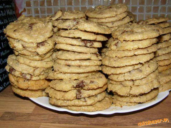 Vitajte:) V prvom rade sa nezľaknite toho množstva cookies, dnes sme robili s kamoškou trojnásobnú d...