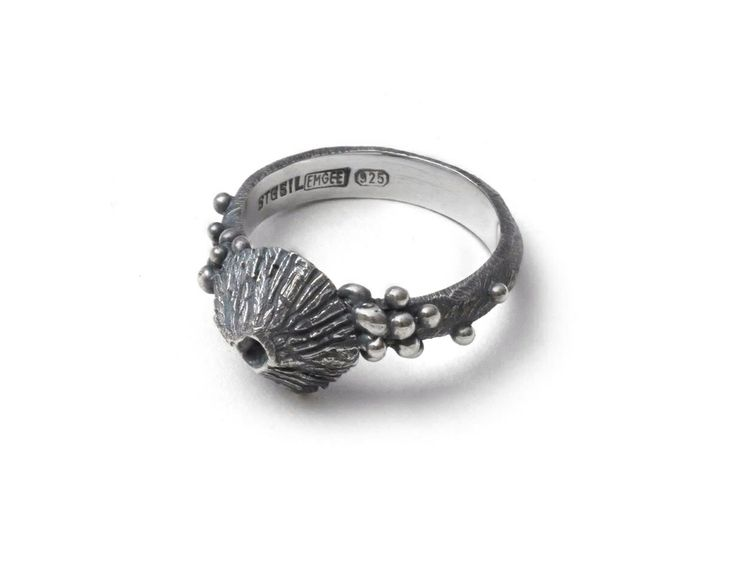 Barnacle bubbles ring by Emgee