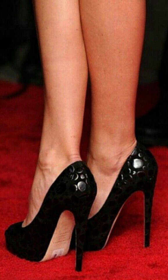 Kate Hudson Feet Legs In 2019 Heels Stiletto Heels High Heels