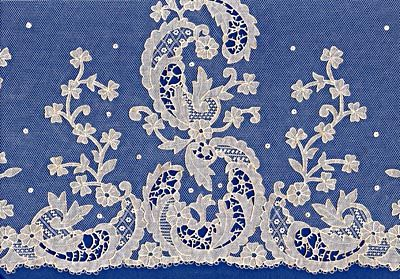 Carrickmacross lace - Wikipedia, the free encyclopedia