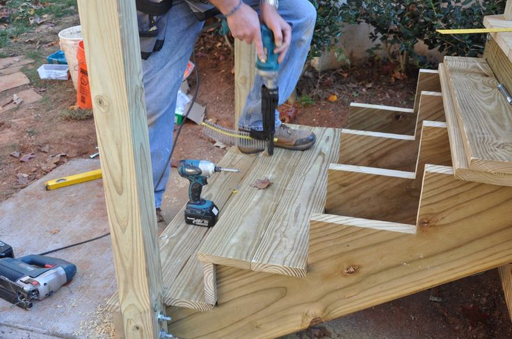 Best Deck Stair Stringer Layout Deck Stairs Diy Deck Deck 640 x 480