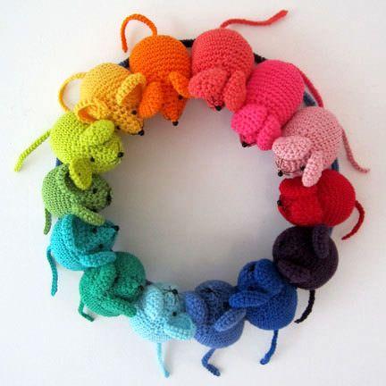 Regenbogen Mäuse häkeln - schoenstricken.de