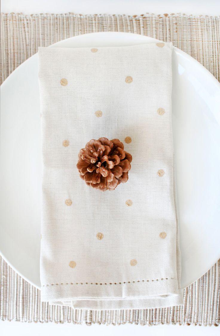 DIY Polka Dot Napkins | Freutcake