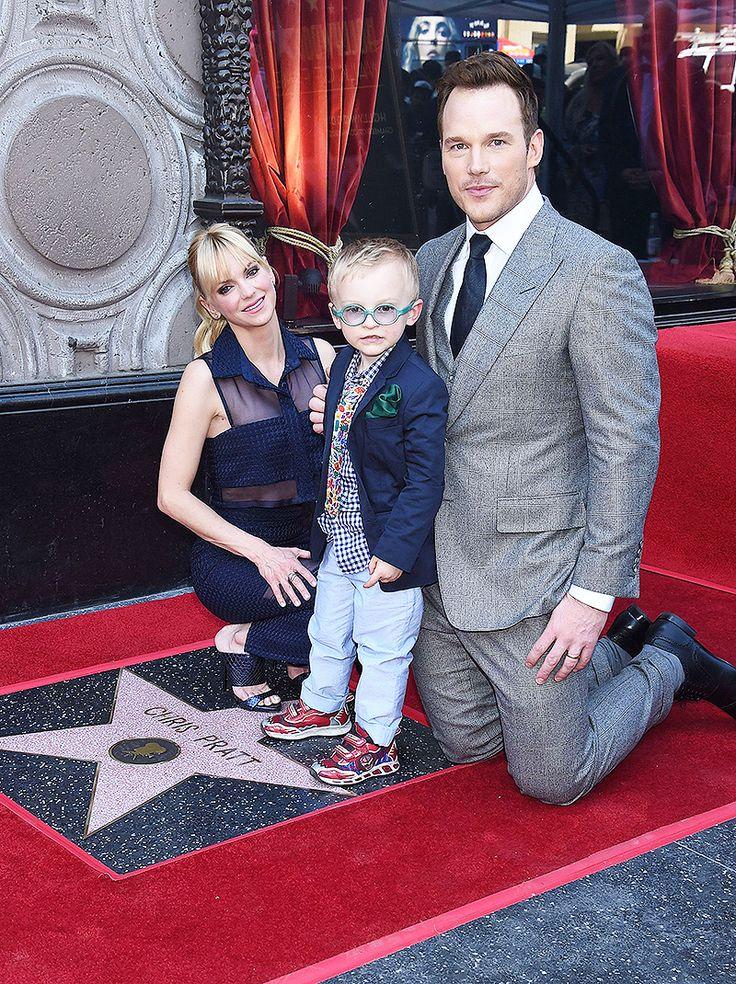 Chris Pratt, Jack Pratt & Anna Faris  (REX/Shutterstock)