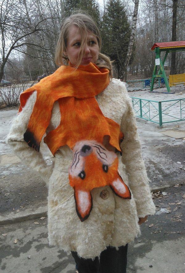 """Зимняя куртка из флиса и шарф """"Лиса"""" сваляны и 100% шерсти."""