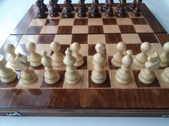 Nouveau jeu d'échecs à la main, jeu de dames, backgammon, pièce d'échecs en bois noisetier, boîte à échiquier 38x38cm bois hêtre, jeu d'échecs en bois, dames, jeu éducatif