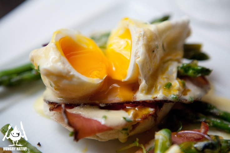 Served on toasted English muffins, with slices of tasso ham and tender asparagus spears, The Poached Farm Eggs Benedict was topped with a flavorful chive hollandaise.  The exterior of the eggs were almost meringue-like in appearance, and the yolks ran freely when cut into.