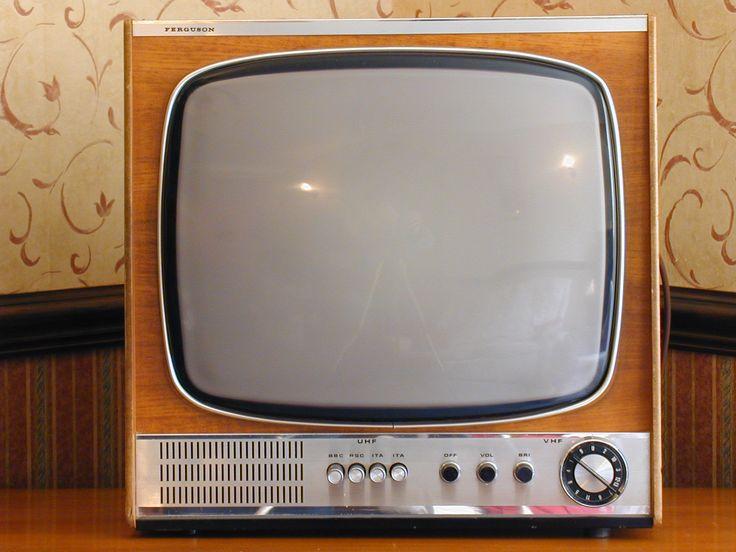 Vintage Ferguson 3652 TV | Vintage | Pinterest | TVs ...